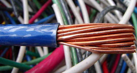 Разный медный кабель и провода в изоляции - сорт МИКС